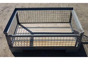 Half metal box pallets 2